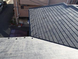 屋根塗装を行う前の化粧スレート