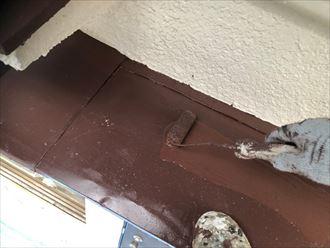 上塗りを掛けて鉄部塗装の仕上げになります