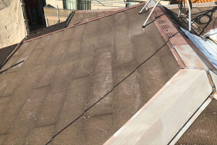 屋根の高圧洗浄後