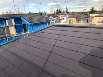 屋根の塗装仕上げ