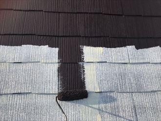 屋根の中塗りです