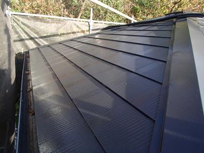 屋根塗装されたスレート屋根