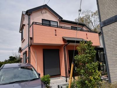 外壁塗装でイメージチェンジされた戸建て住宅