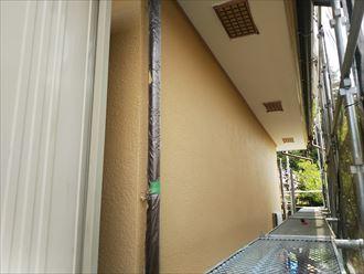 葛飾区金町で行った外壁塗装工事でナノコンポジットWで上塗り作業を実施