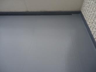 ウレタン防水工事が竣工した屋上