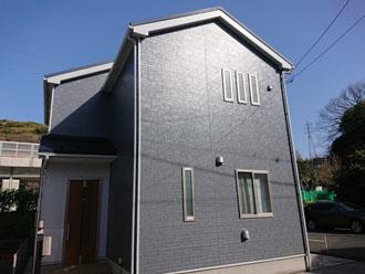 外壁塗装後の邸宅