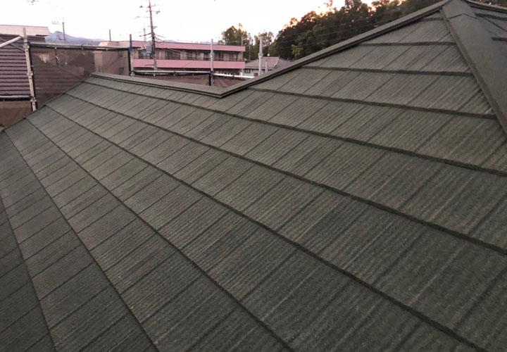 屋根カバー工法が竣工