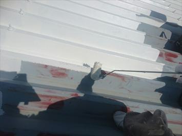 サビ止めを塗布してサビを防ぎます