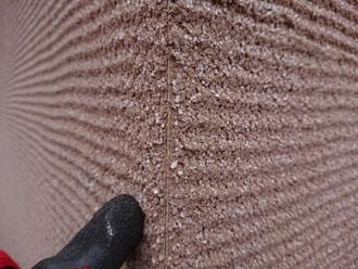 刷毛引き仕上げの外壁 コーナーの様子