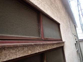 モルタル外壁の汚れ