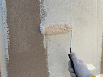 他の外壁への下塗り