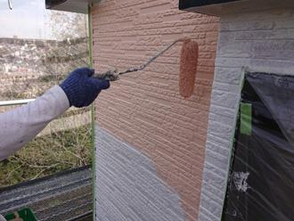 パーフェクトトップで2階外壁を中塗り